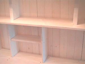 2×4材で白い本棚