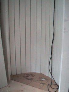 2×4材で白い本棚作り09