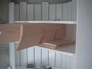 2×4材で白い本棚作り15