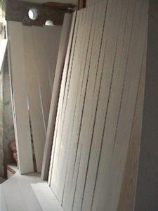2×4材で白い本棚作り304