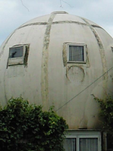 房総の球形住宅03